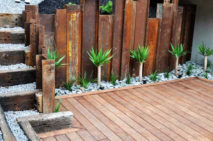 Retaining walls for Wooden garden screen designs