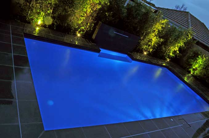 Outdoor garden and pool lighting design and ideas for Pool design lighting